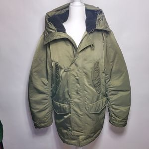 GAP Puffer with Shirred Back Faux Fur Hood ~ M